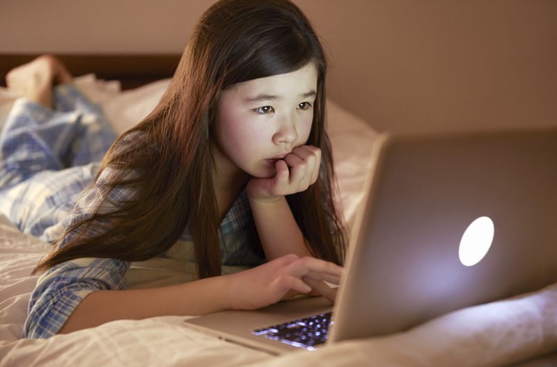 5 เคล็ดลับวิธีดูแลลูกน้อยของคุณในการใช้ Social media อย่างปลอดภัย