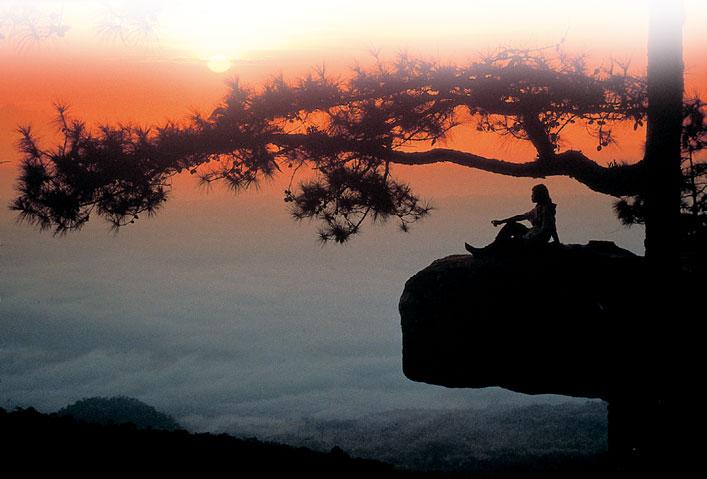 เที่ยวภูเขา ความสุขที่ไม่ต้องรอ