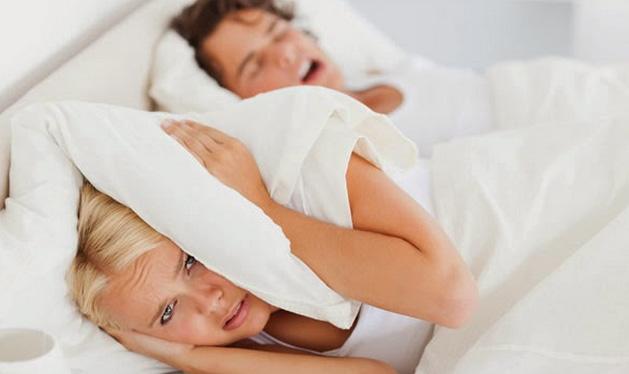 แก้ปัญหาการนอนกรน ด้วยวิธีง่ายๆ ที่คุณทำได้